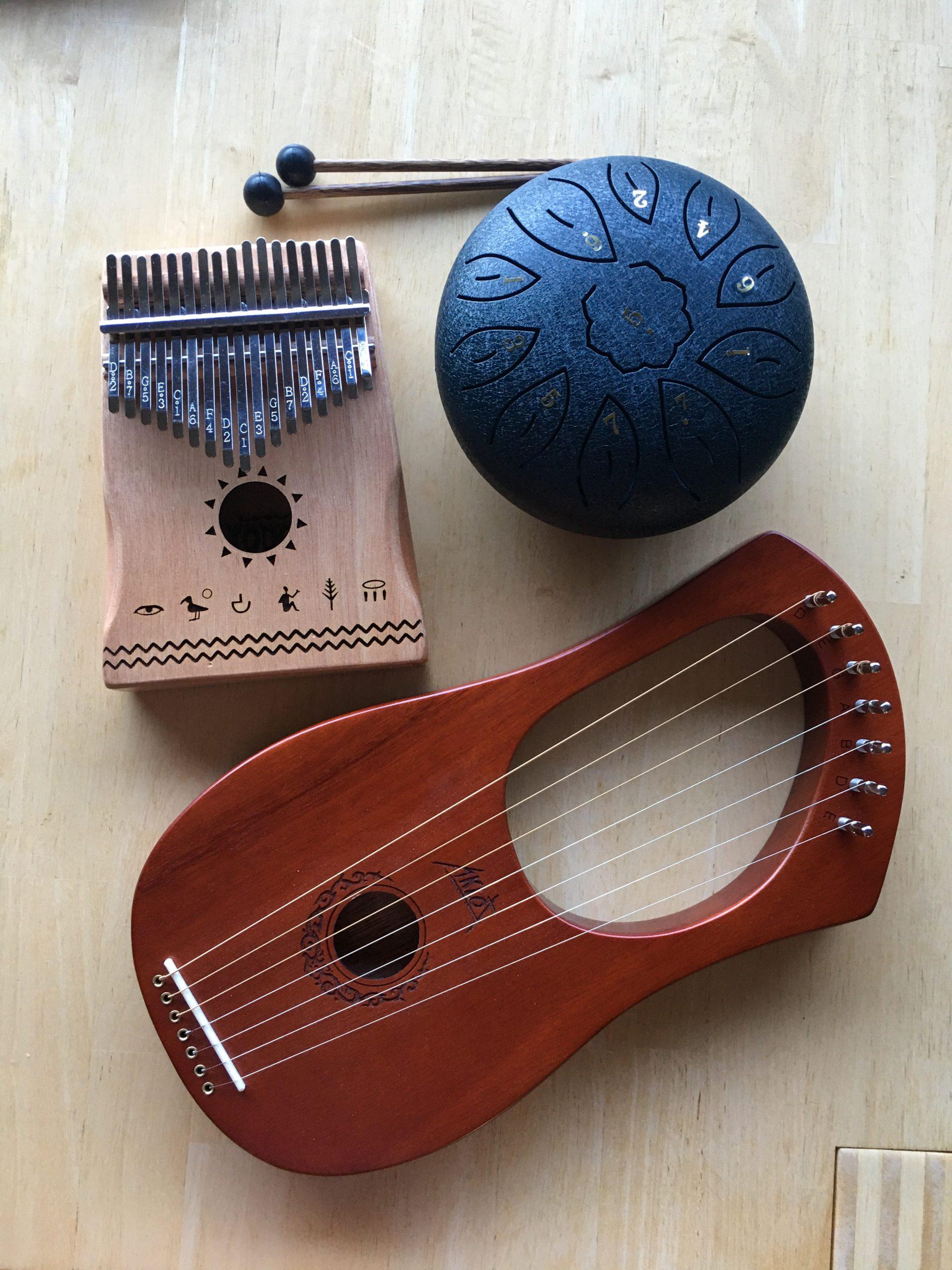 """Neue Instrumente (""""Bringt mir meine Lyra!"""")"""